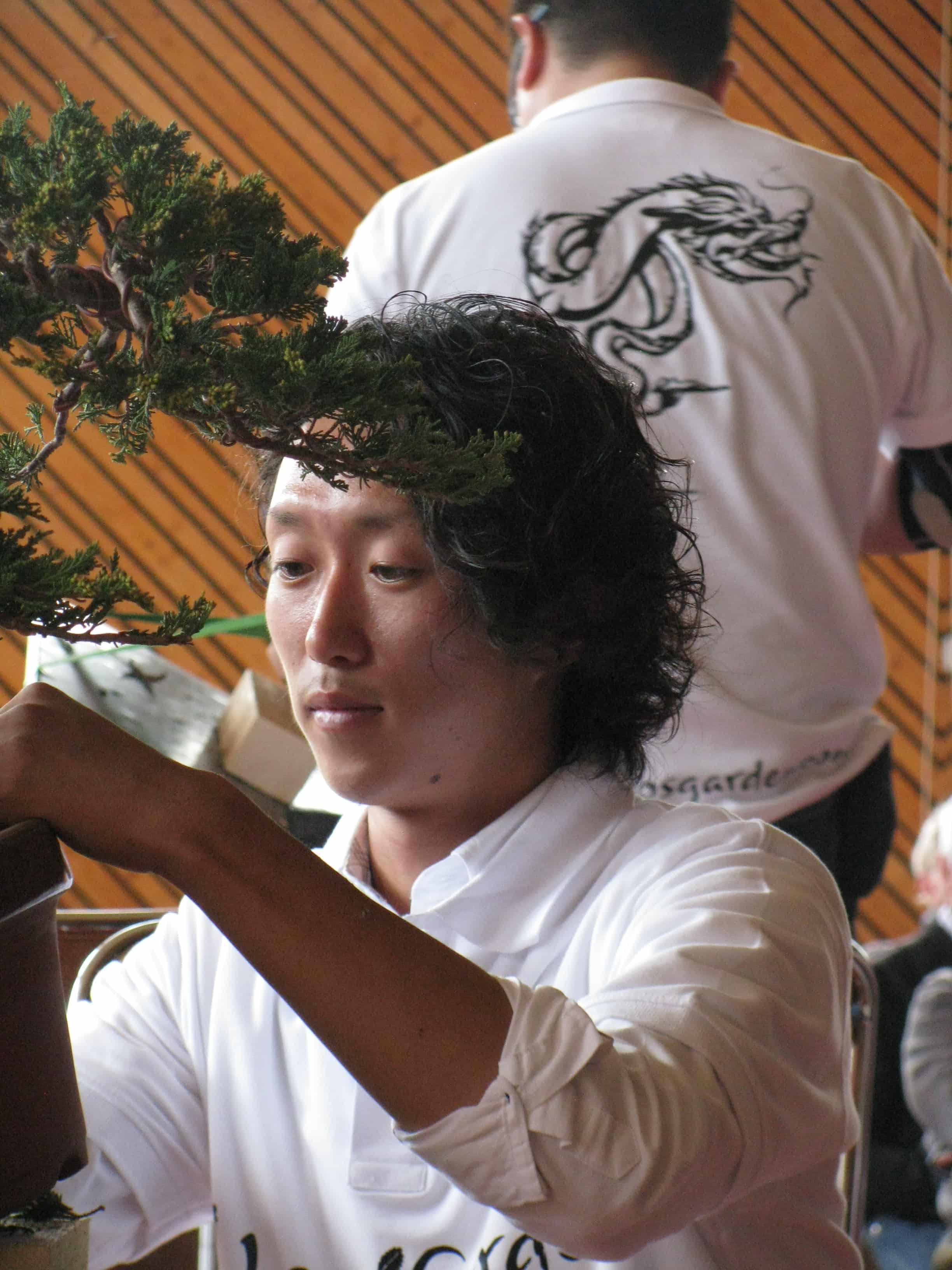 Hiroaki Suzuki en pleine réflexion